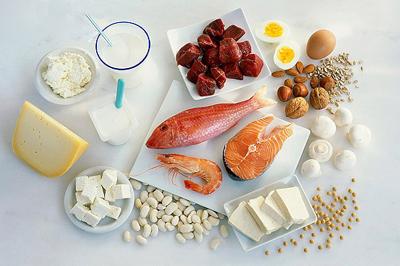 中的蛋白质来源多为植物性蛋白,其营养价值略低于动物性蛋白的缘故.